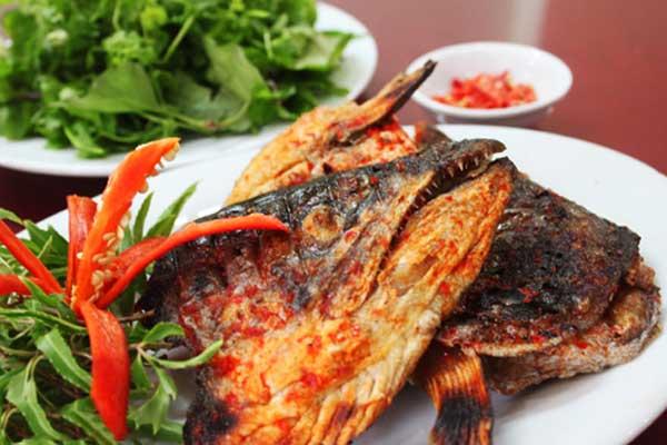 Đầu cá dễ nhiễm nhiều kim loại nặng không tốt