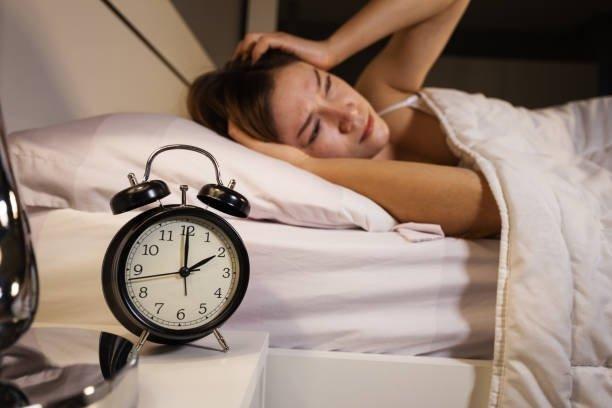7 thói quen tưởng vô hại nhưng lại gây mất ngủ