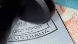 Số người được Úc cấp thị thực lâu dài giảm xuống mức thấp nhất
