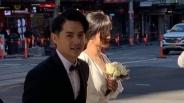Đông Nhi - Ông Cao Thắng bị bắt gặp đang chụp ảnh cưới trên đường phố Sydney