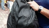 Du lịch TP.HCM, khách Úc bị rạch túi, trộm điện thoại