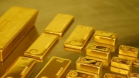 Giá vàng thế giới tăng vọt do ảnh hưởng căng thẳng thương mại Mỹ-Trung