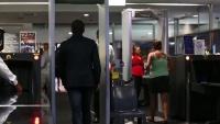 Úc: Bom giả lọt cửa an ninh sân bay, vấn đề chống khủng bố không được thắt chặt?