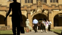 Giáo sư Đại học Sydney hé lộ sự thật đáng buồn về du học sinh Trung Quốc