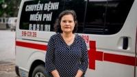 Người phụ nữ tự bỏ tiền túi mua xe cứu thương, chở bệnh nhân nghèo miễn phí