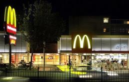 Nhà khoa học Úc: Muốn có việc lương cao, bạn nên bắt đầu từ vị trí part-time tại McDonald's